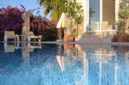 honeymoon villa pool - 2
