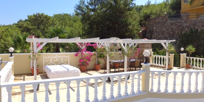 Watch the video guide of Honeymoon Villa Alanya Turkey